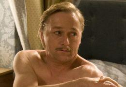Arno Runge (Markus Hering) stellt sich bei den...dka')