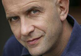 Der belgische Schriftsteller Nic Balthazar verfilmte...en X'