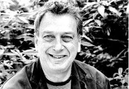 Stephen Frears in 'Cheri'
