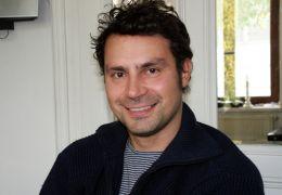 Regisseur Pagonis Pagonakis - 'Schwarz auf Weiß'
