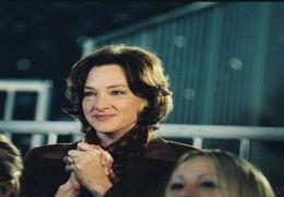 Joan Cusack in 'Die Eisprinzessin'