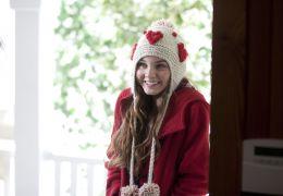 Stuck in Love - Kate (Liana Liberato) besucht Rusty