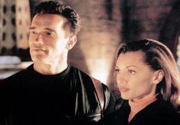 Eraser - Arnold Schwarzenegger und Vanessa Williams