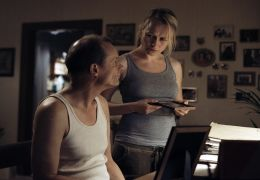 Edgar Selge und Anja Schneider in 'Im nächsten Leben'